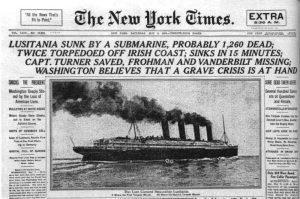 Allerede dagen efter sænkningen tævede de amerikanske og britiske aviser ikke med at hævde, at skibet var blevet ramt af to torpedoer (i visse versioner sågar tre). Dette er imidlertid helt uden støtte i faktuelle kilder.