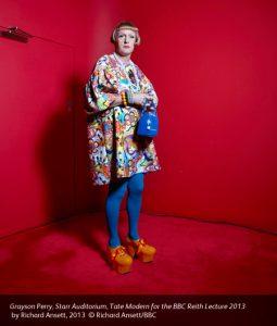 d`Eon blve den første i en hel britisk tradition for mænd i kvindeklæder (tænk blot på Monty Python!). Her billedkunstneren Grayson Perry.